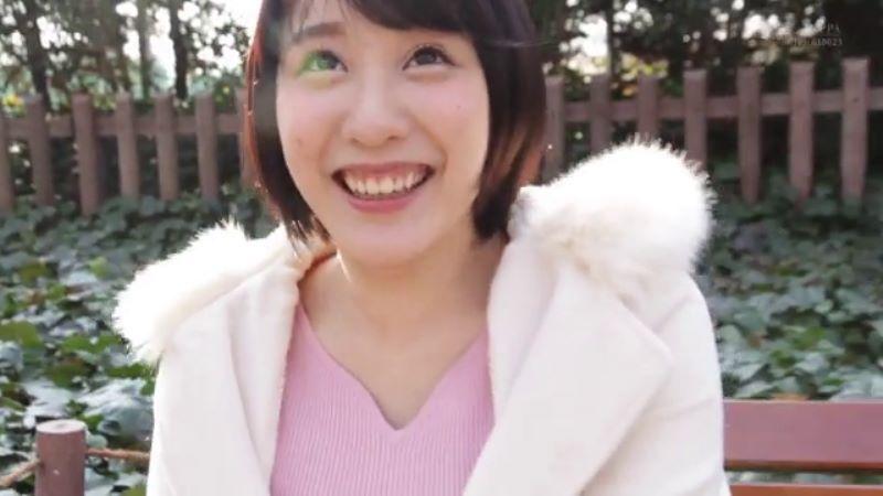 受付嬢 梨々花 エロ画像 28