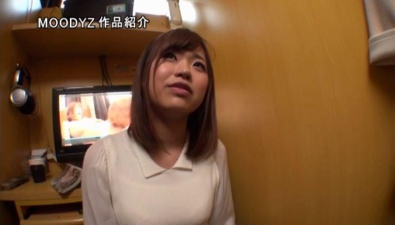 現役女子大生 柳川まこ エロ画像 14