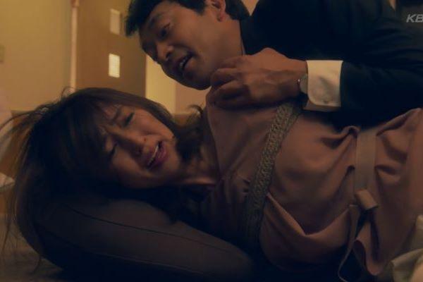 矢田亜希子 縛られて 犯される 衝撃 レイプシーン エロ画像 1