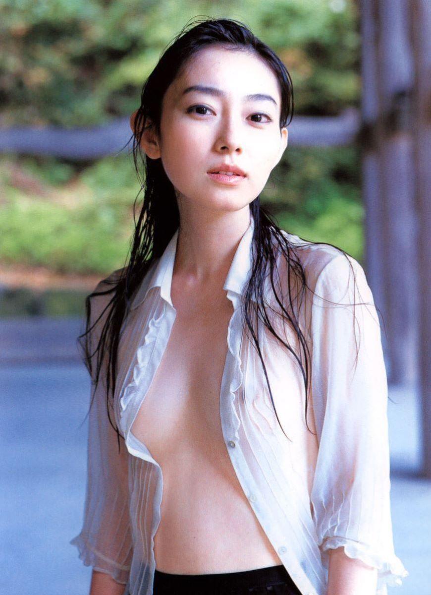 透け乳首 画像 10