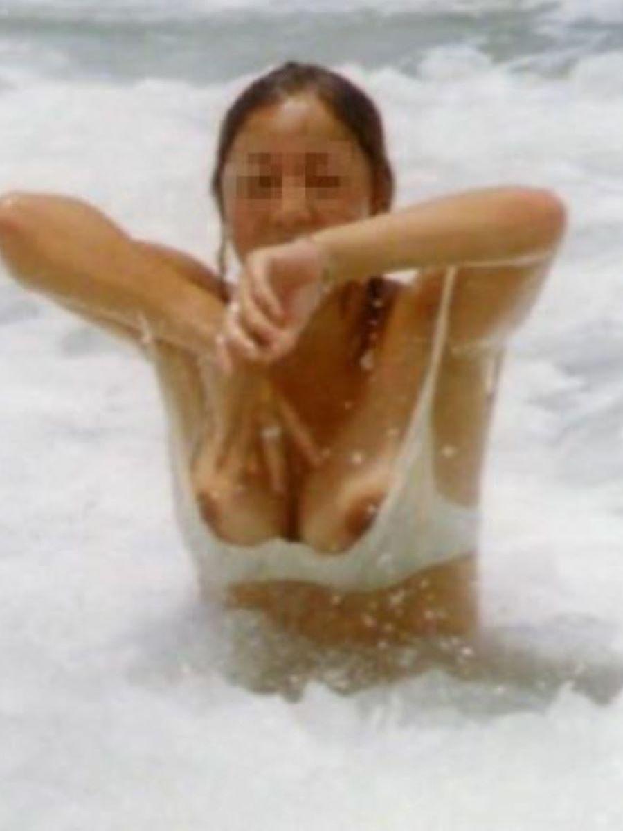 水着 ポロリ画像 101
