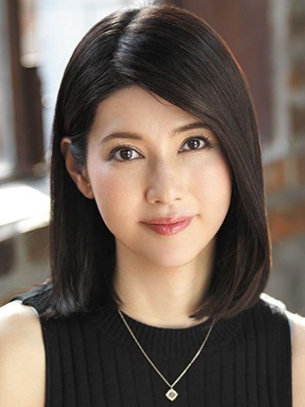 人妻販売員 長谷川秋子 エロ画像 1