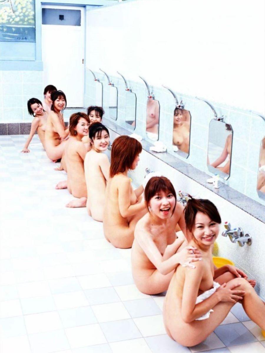 女湯 洗い場 画像 10
