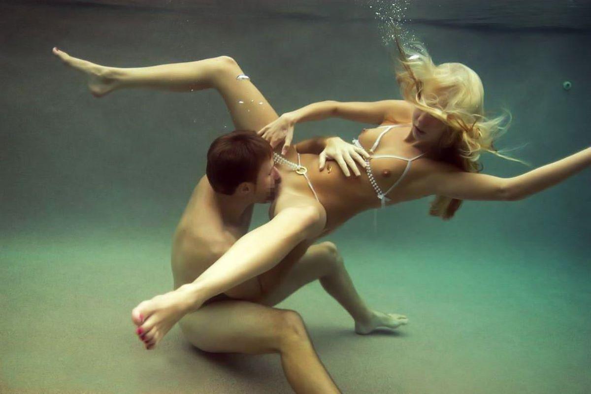 水中フェラ 水中クンニ エロ画像 29