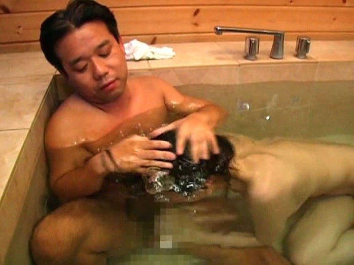 水中フェラ 水中クンニ エロ画像 90