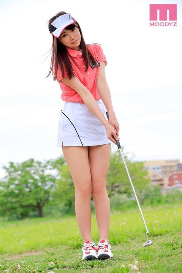 精子や潮を飛ばして吹いてイキまくるゴルフ女子エロ画像