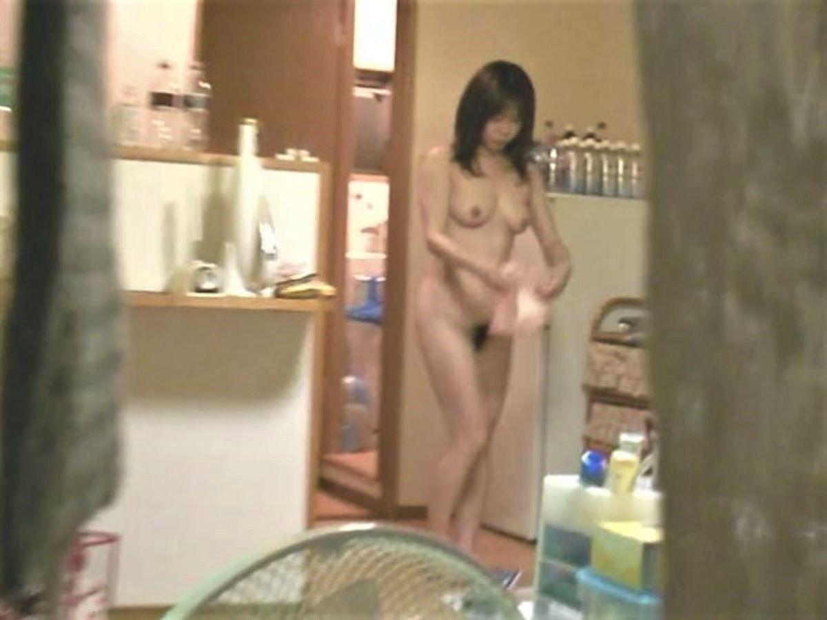 家庭内 素人 全裸 ヌード画像 70