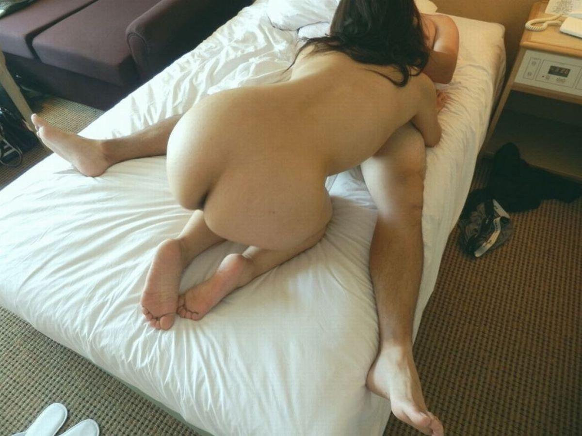 既婚女性 寝取られ 不倫 セックス 80