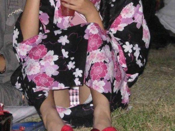 夏祭り 浴衣女子 パンチラ 祭り エロ画像 1