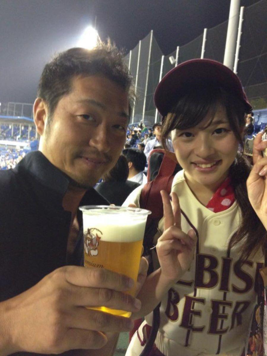 ビール売り子 エロ画像 46