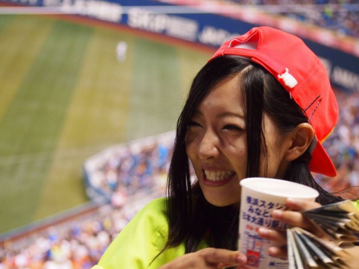 ビール売り子 エロ画像 70