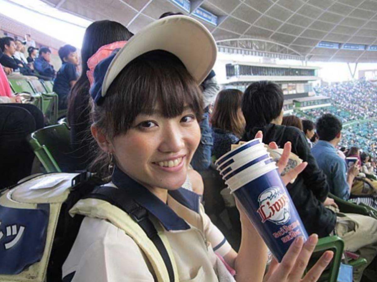 ビール売り子 エロ画像 111