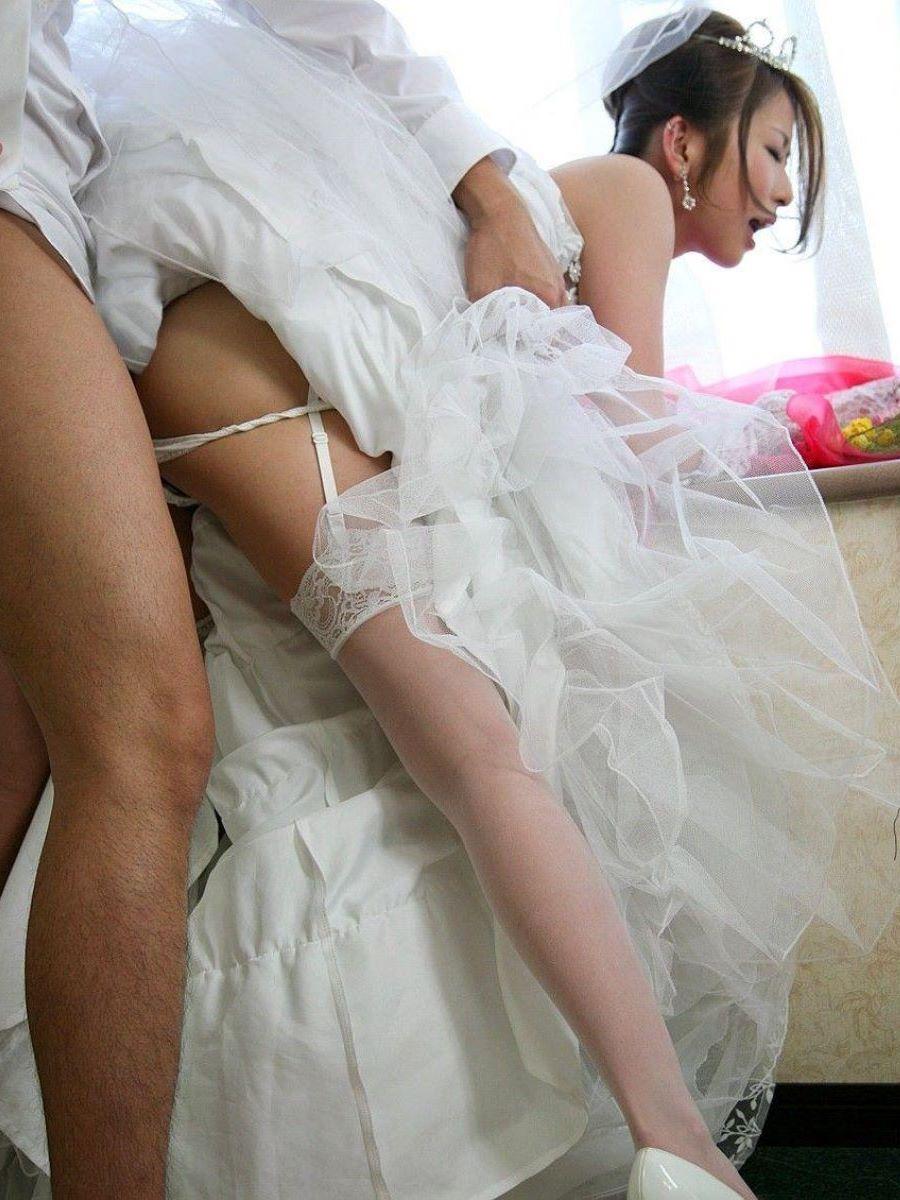 裸の花嫁 レイプ