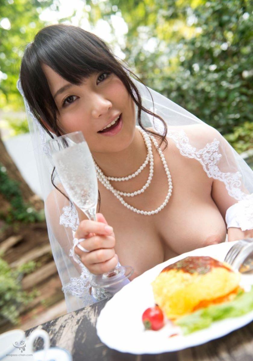 花嫁とウェディングドレスのエロ画像 36