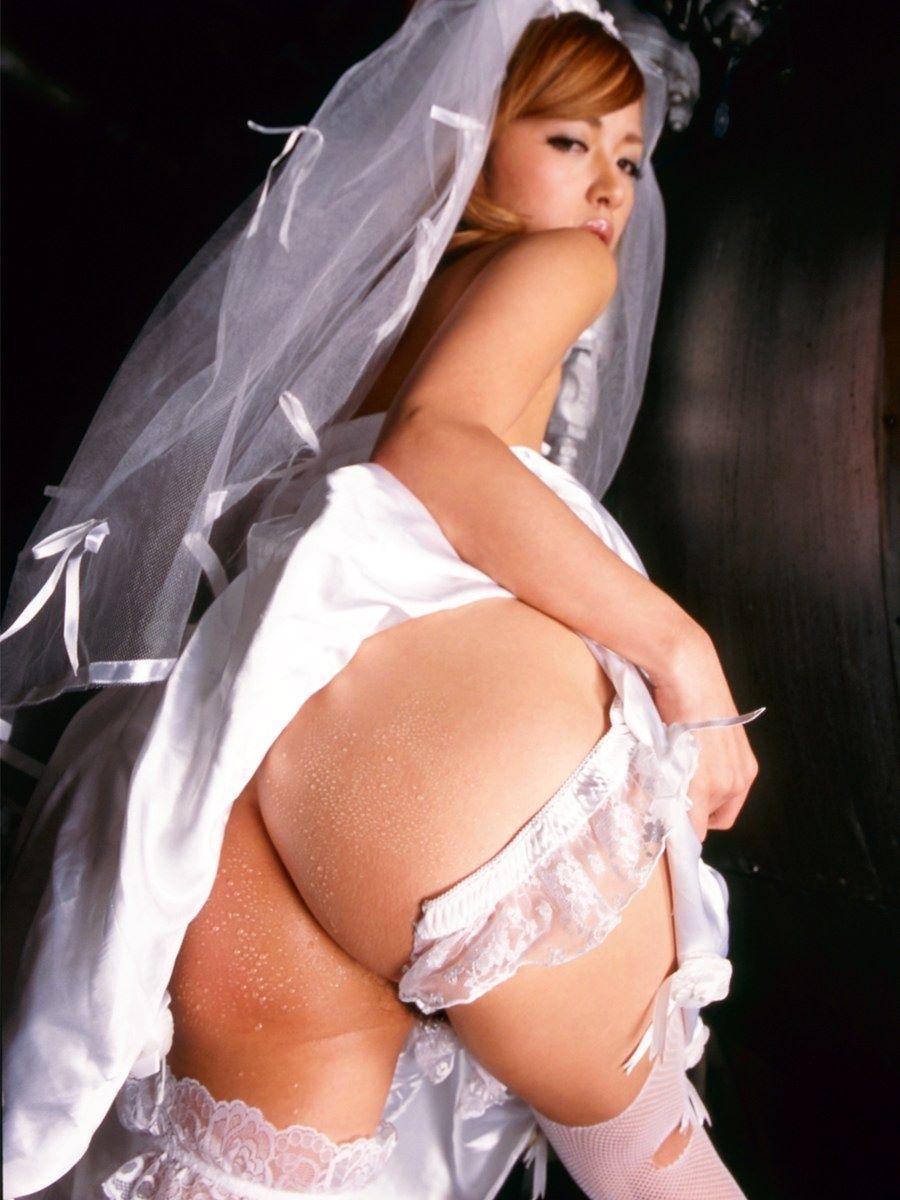 花嫁とウェディングドレスのエロ画像 41