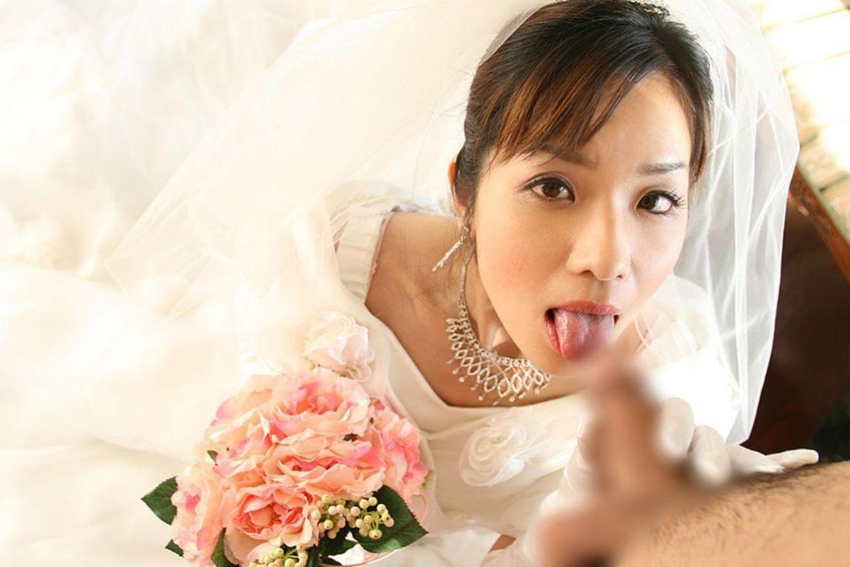 花嫁とウェディングドレスのエロ画像 93