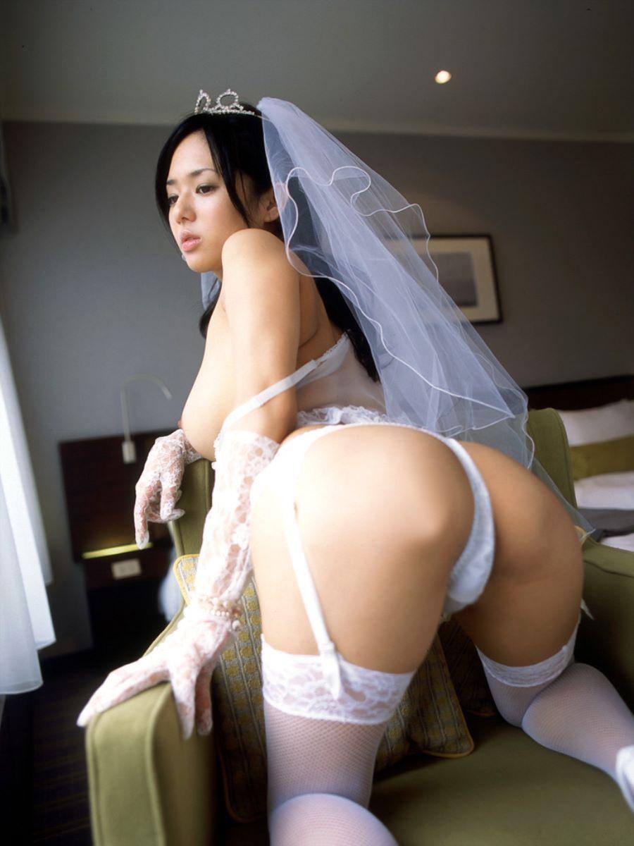 花嫁とウェディングドレスのエロ画像 109