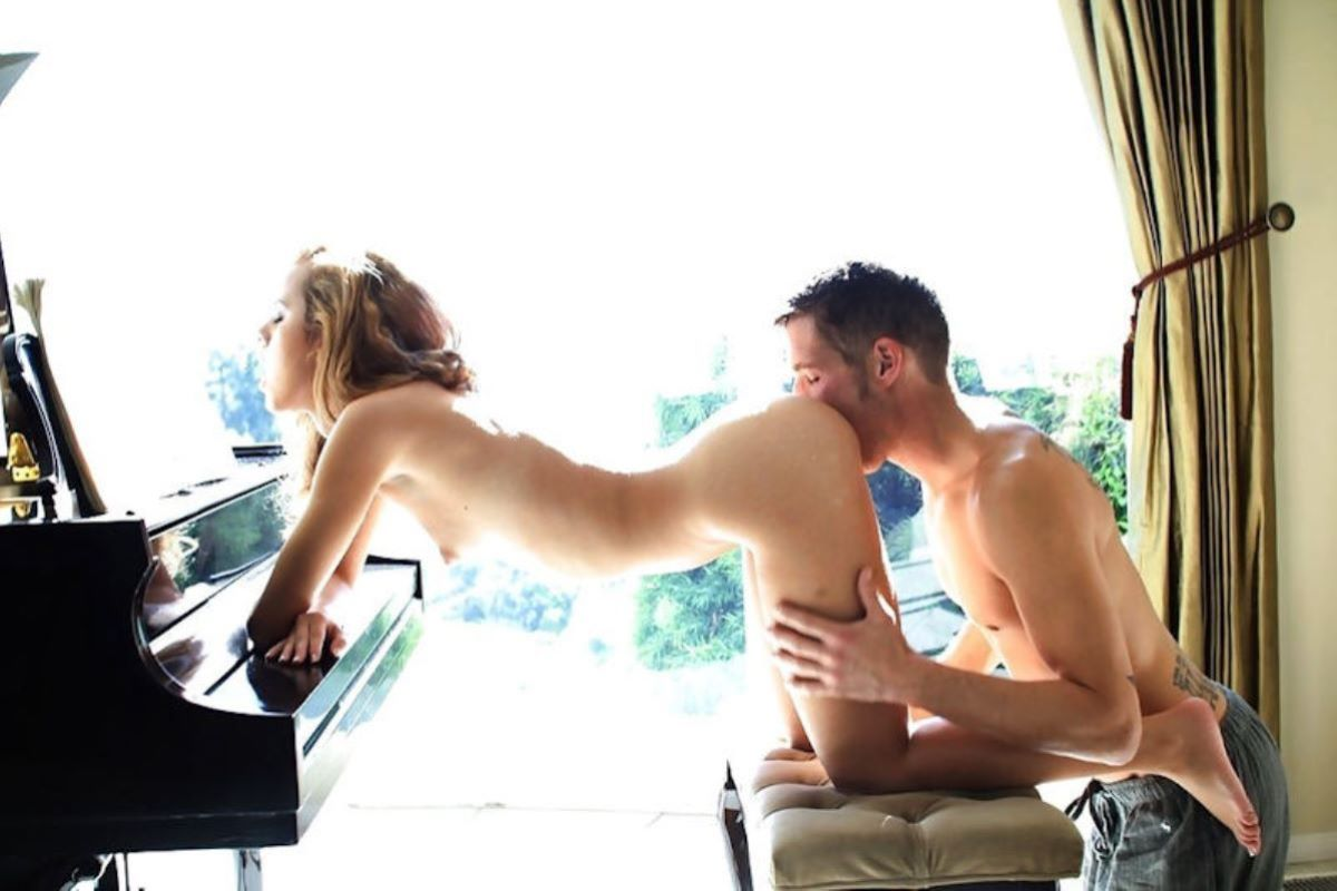 クリトリスを舐める外国人クンニ画像 71