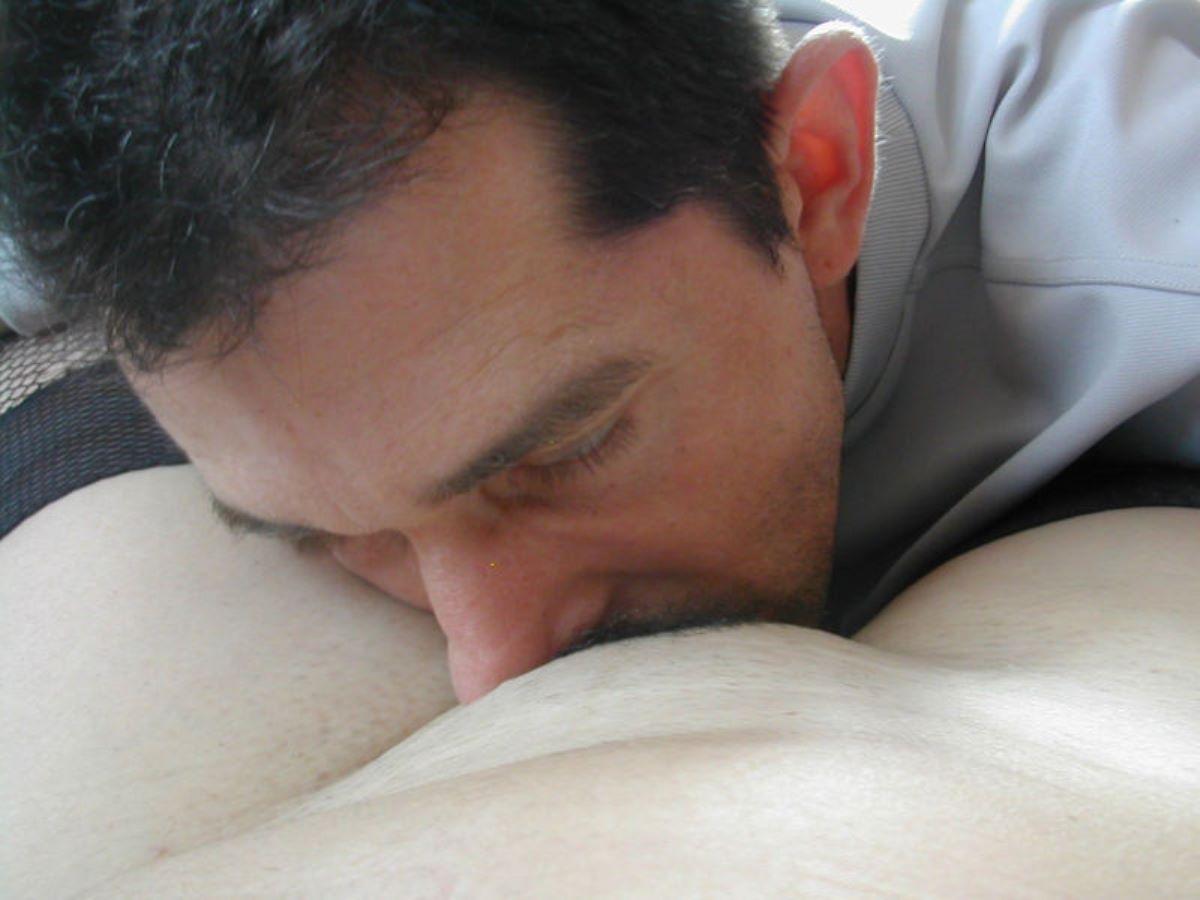 クリトリスを舐める外国人クンニ画像 84