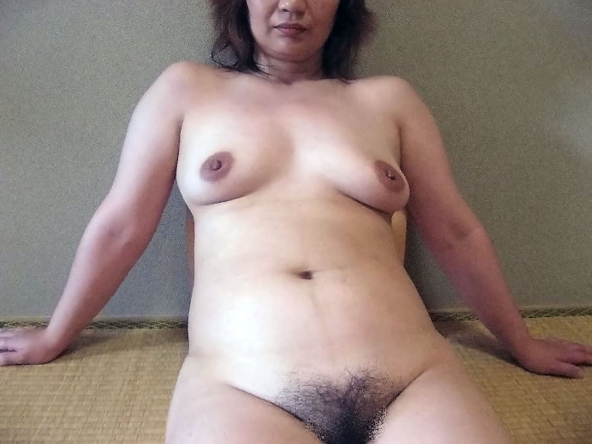 熟女のヌード画像 9