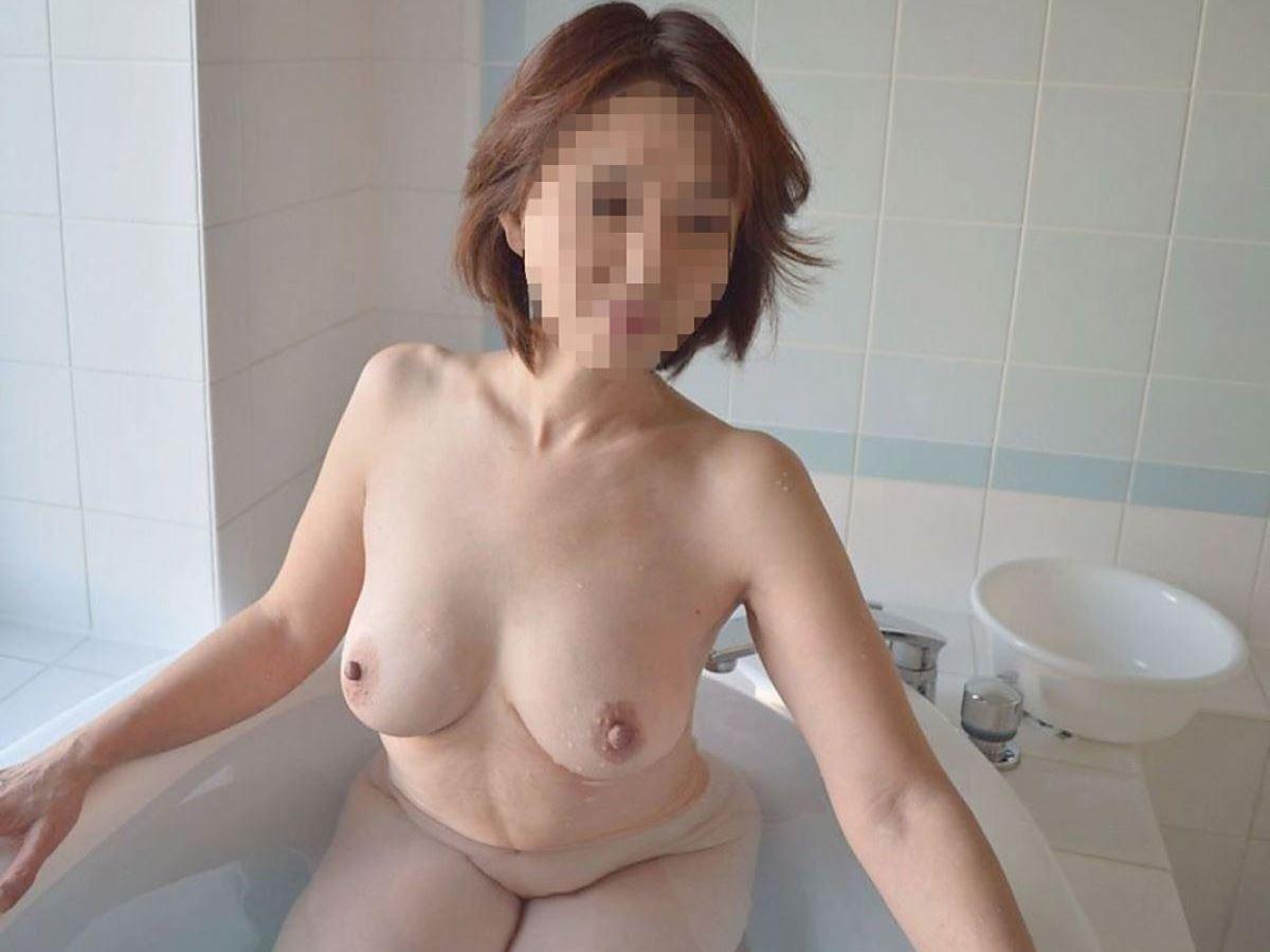 熟女のヌード画像 43