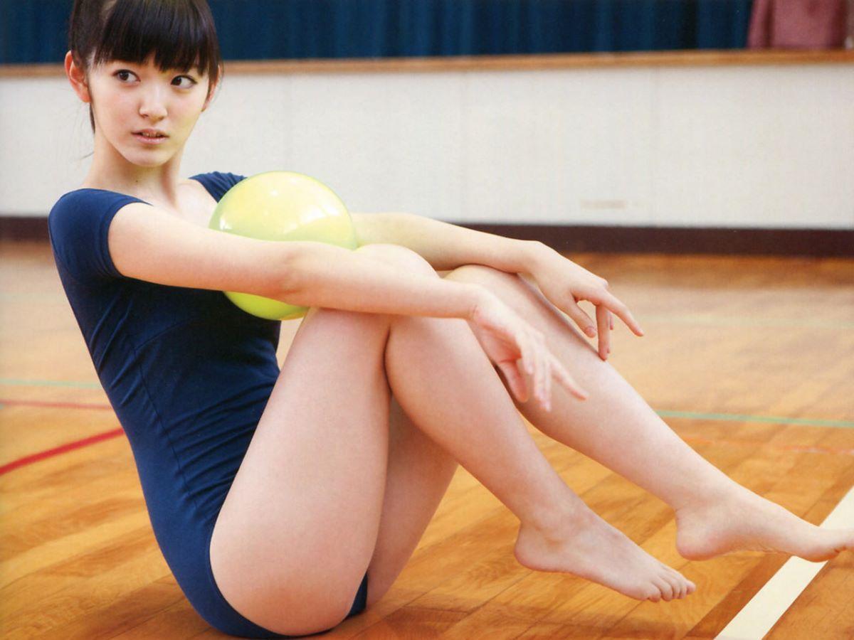 レオタード画像!!バレエや体操のエロ衣装が150枚