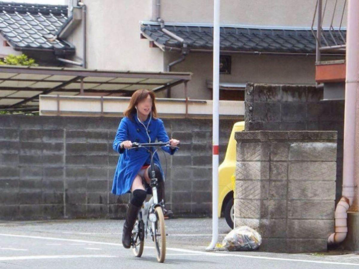 自転車のパンチラ画像 29