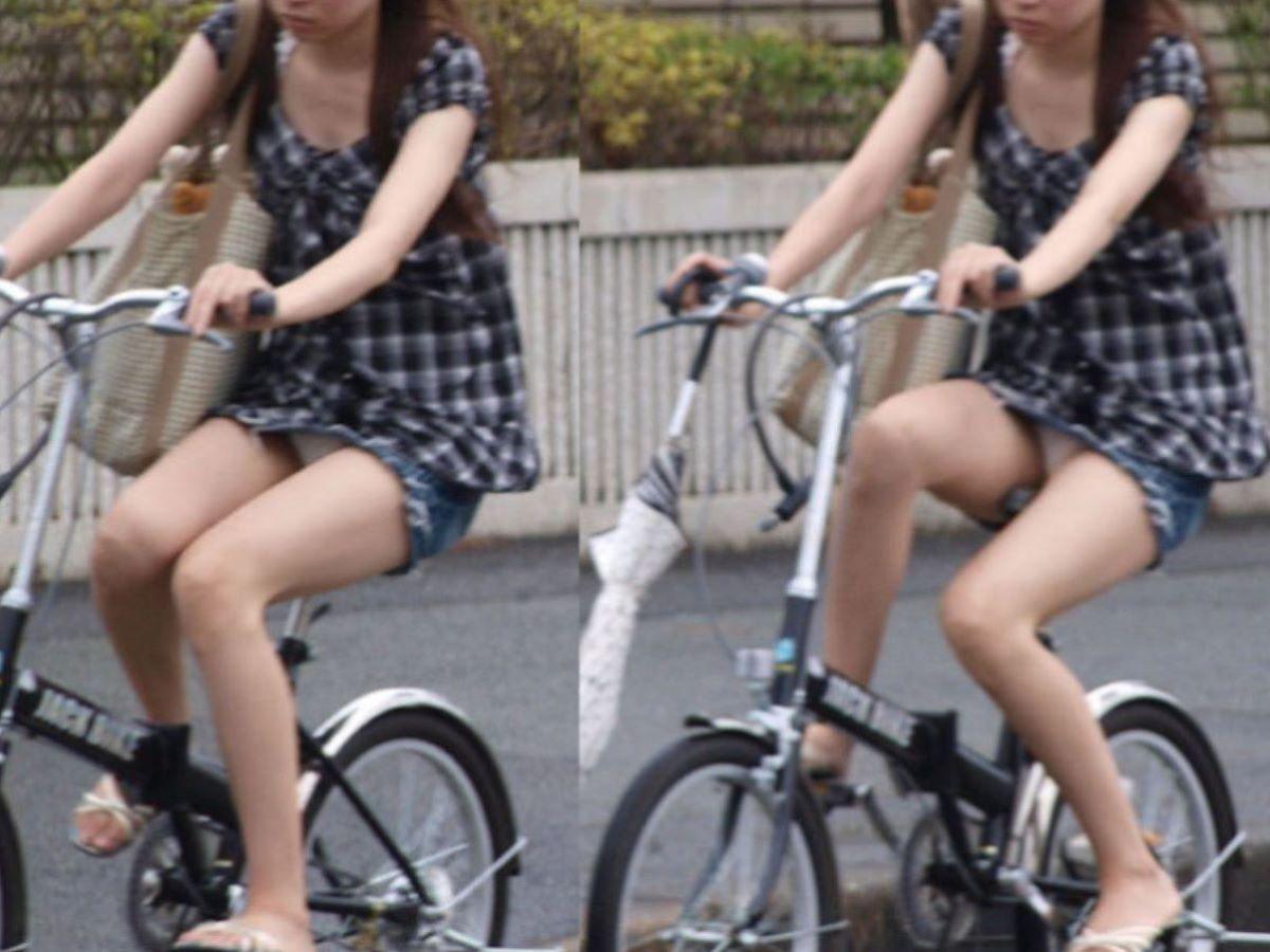 自転車のパンチラ画像 64