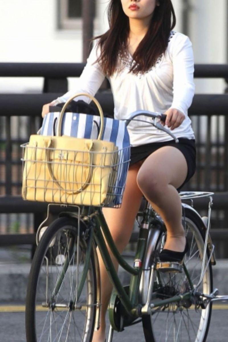 自転車のパンチラ画像 82