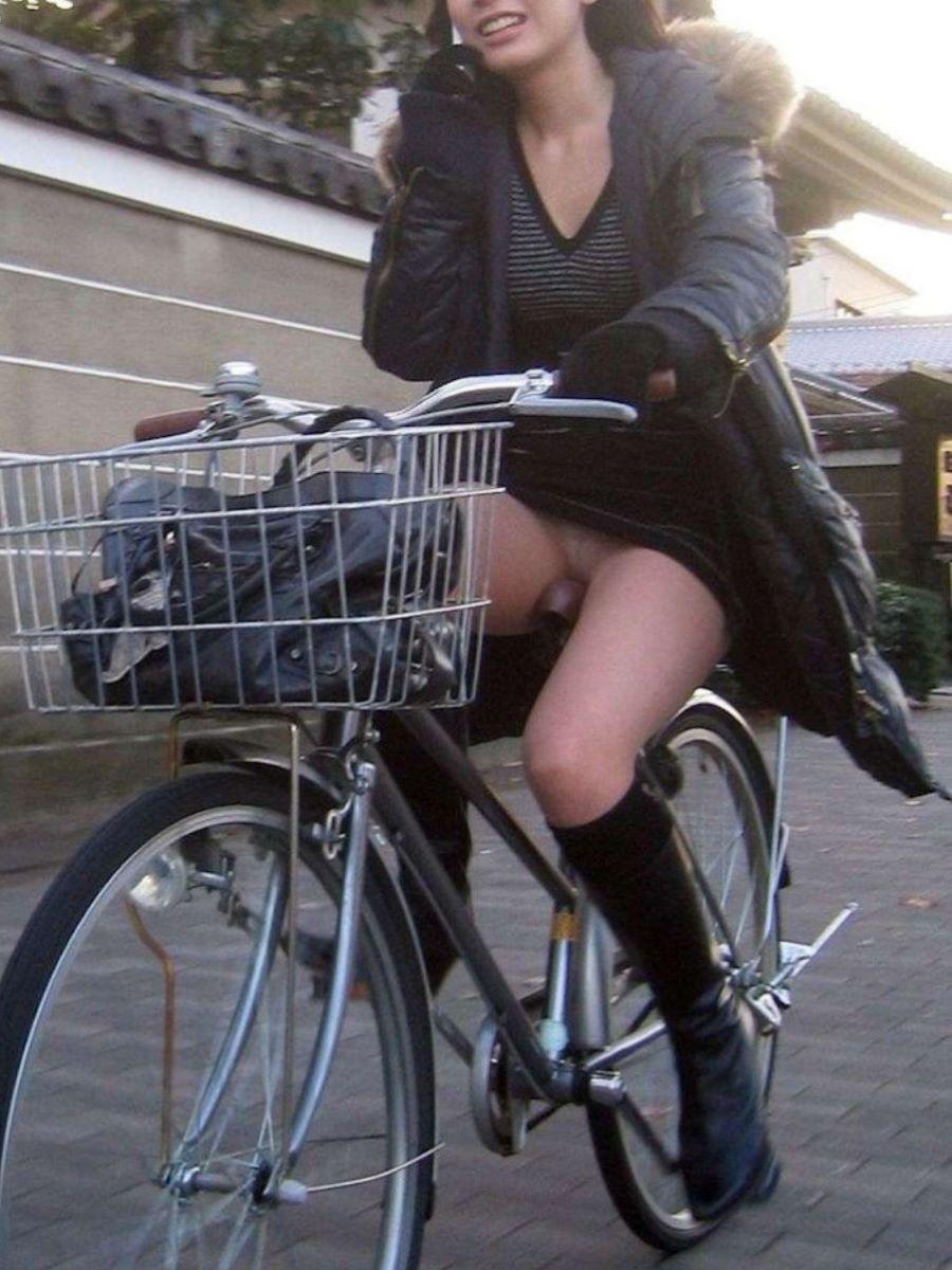 自転車のパンチラ画像 88