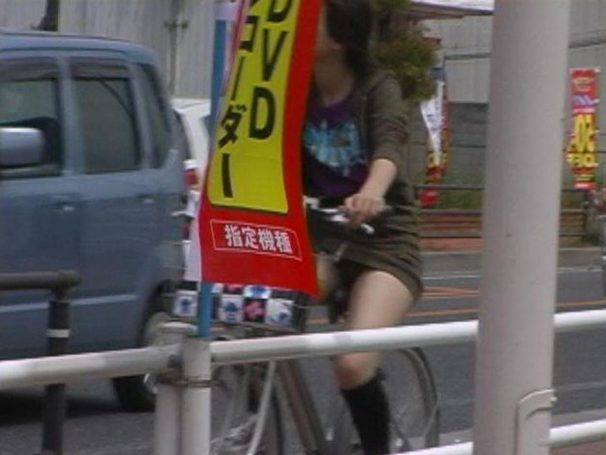 自転車のパンチラ画像 111