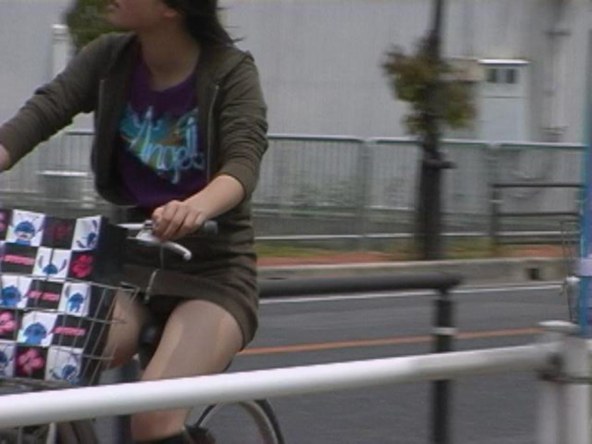自転車のパンチラ画像 112