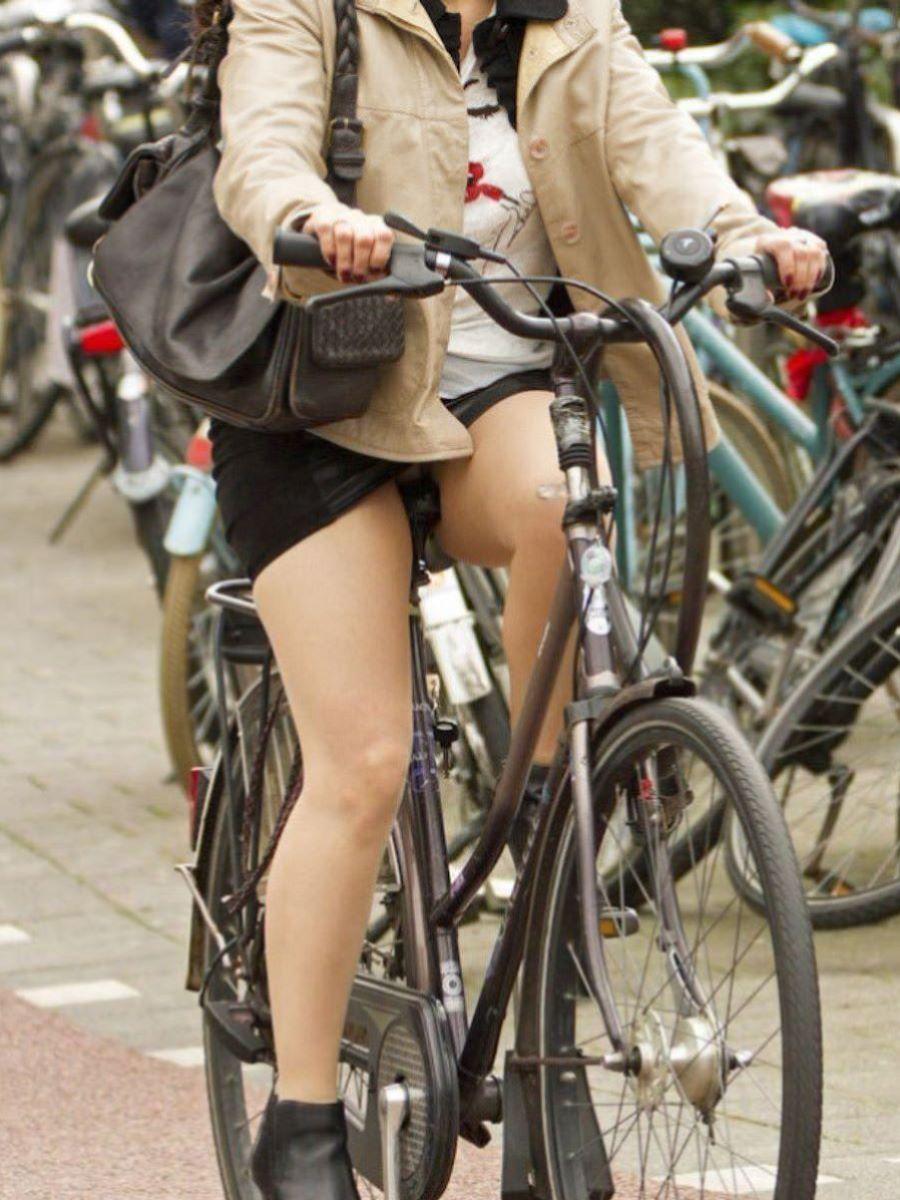 自転車のパンチラ画像 119