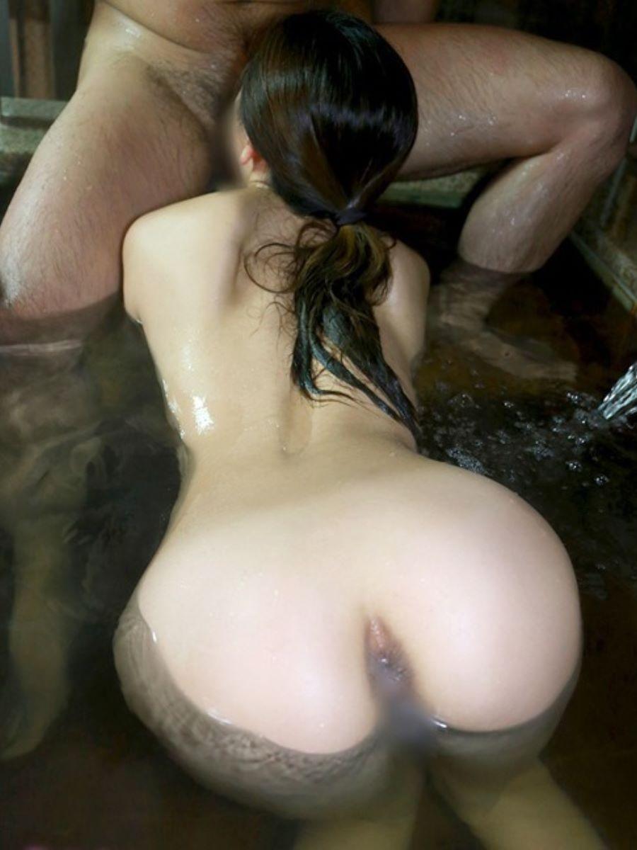 入浴中のフェラチオ画像 61