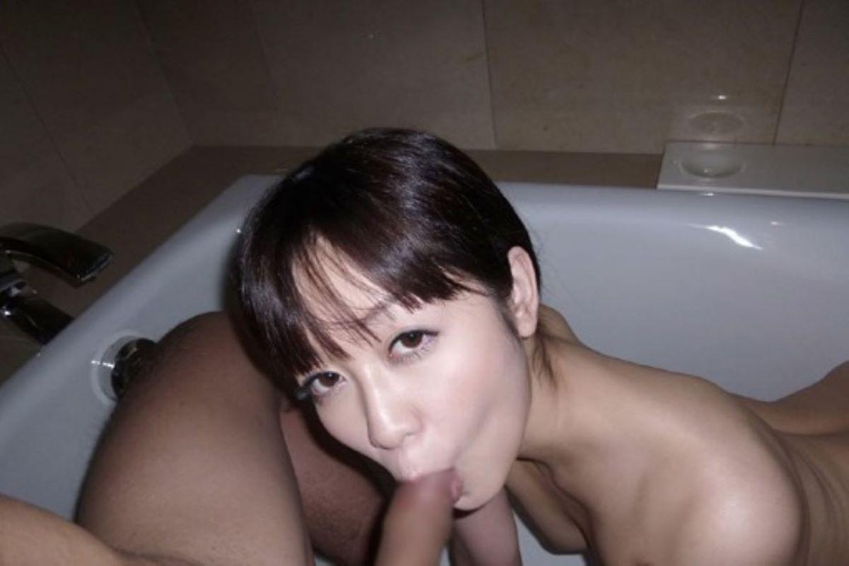 入浴中のフェラチオ画像 101