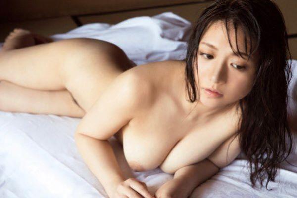 藤崎里菜が濡れ場ヌード解禁…(※セックス画像あり)