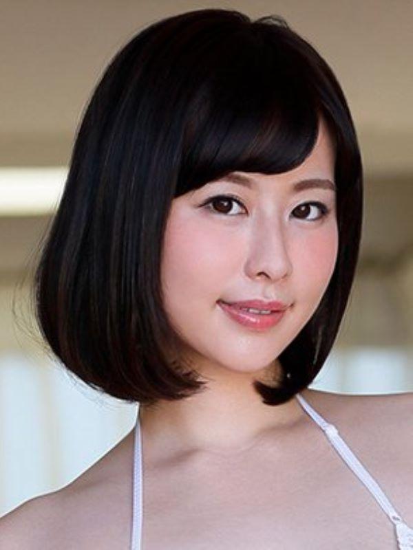 美人女教師 牧村柚希 エロ画像 1