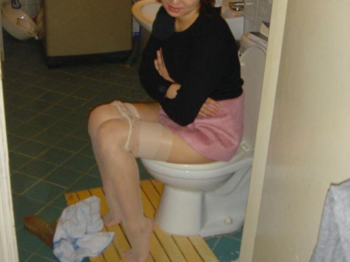 洋式トイレのエロ画像 78