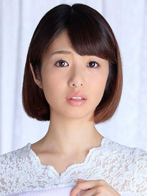 浮きブラ奥さん 川上奈々美 エロ画像 1