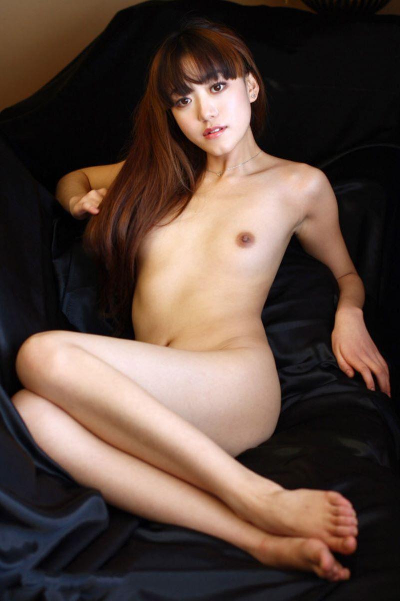 中国人女性のヌード画像 16