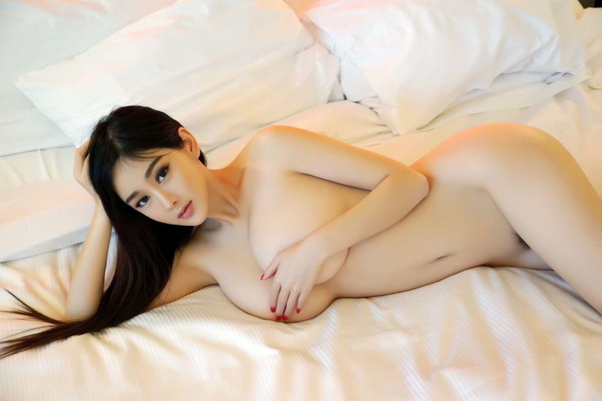 中国人女性のヌード画像 118