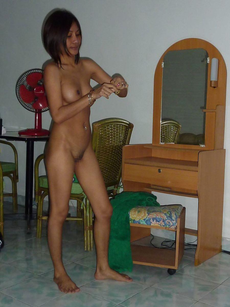 タイ人女性のヌード画像 86