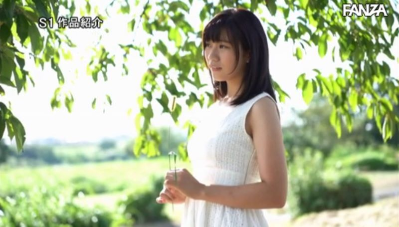 ぷっくり乳輪の美白少女 畑めい エロ画像 26