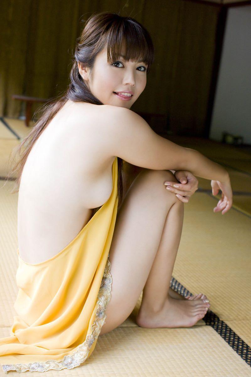 横乳 おっぱい画像 68