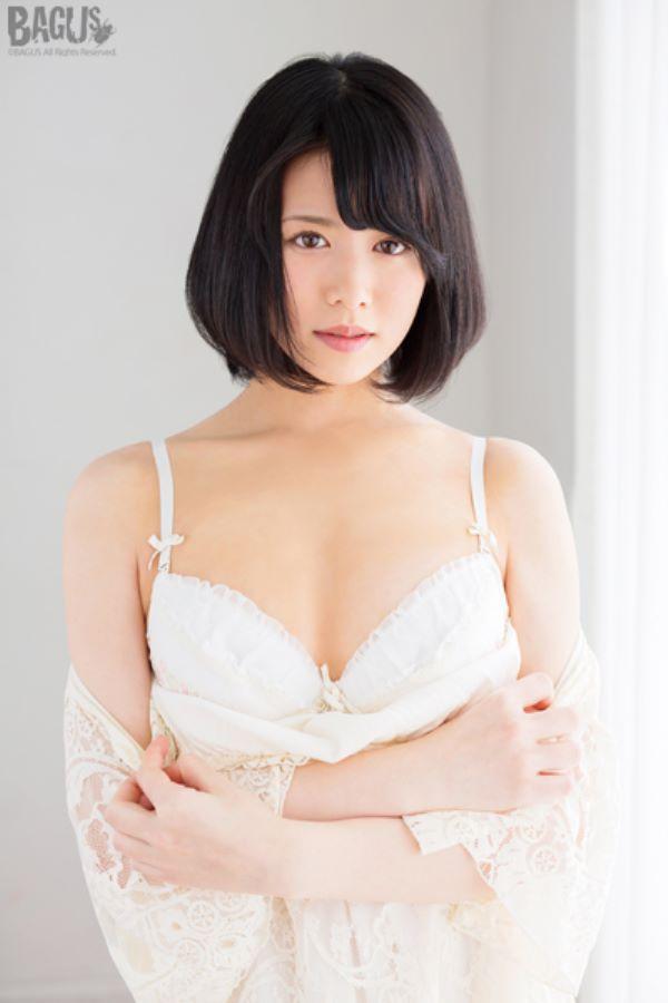 雪肌美少女 志田雪奈 エロ画像 2