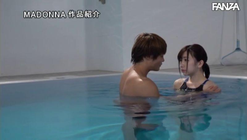 人妻・大浦真奈美の水泳教室セックス画像 39