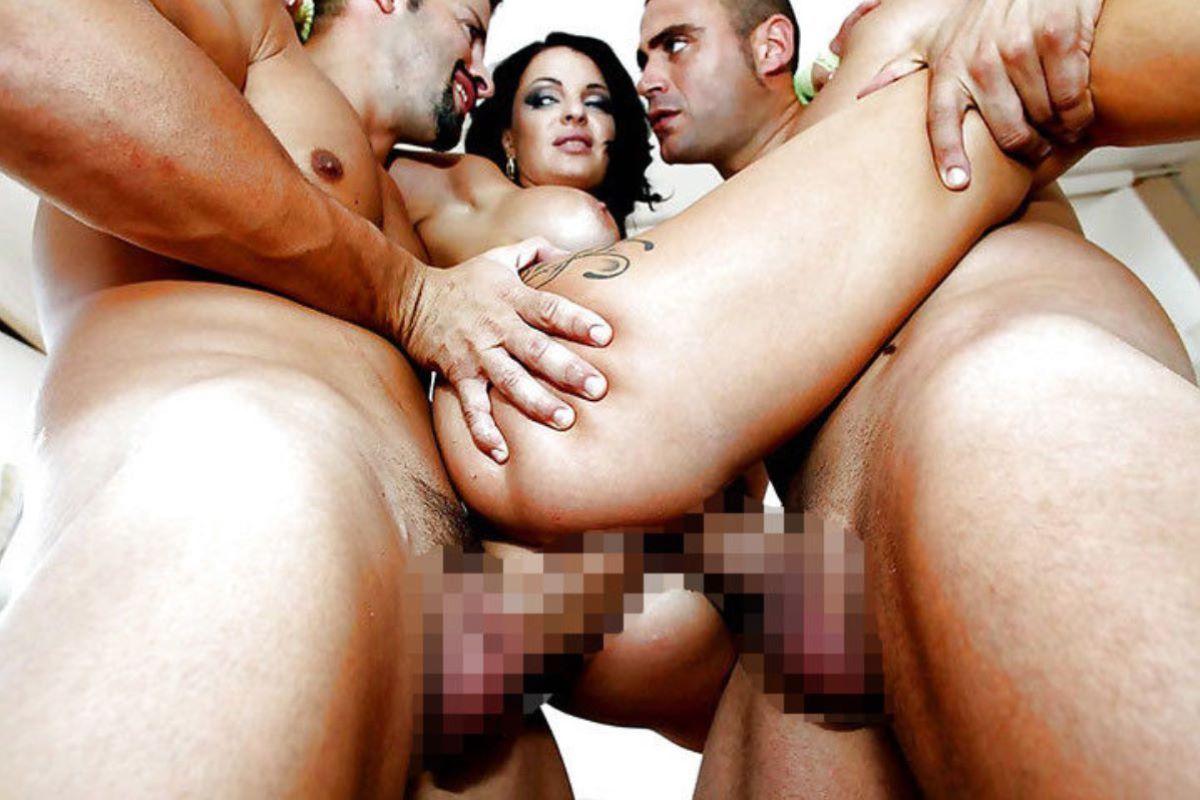 2穴セックス画像 125