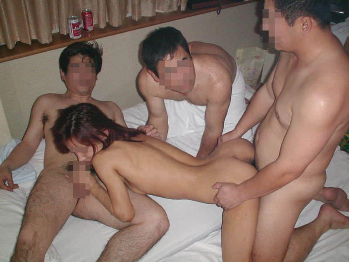 素人の乱交セックス画像 17