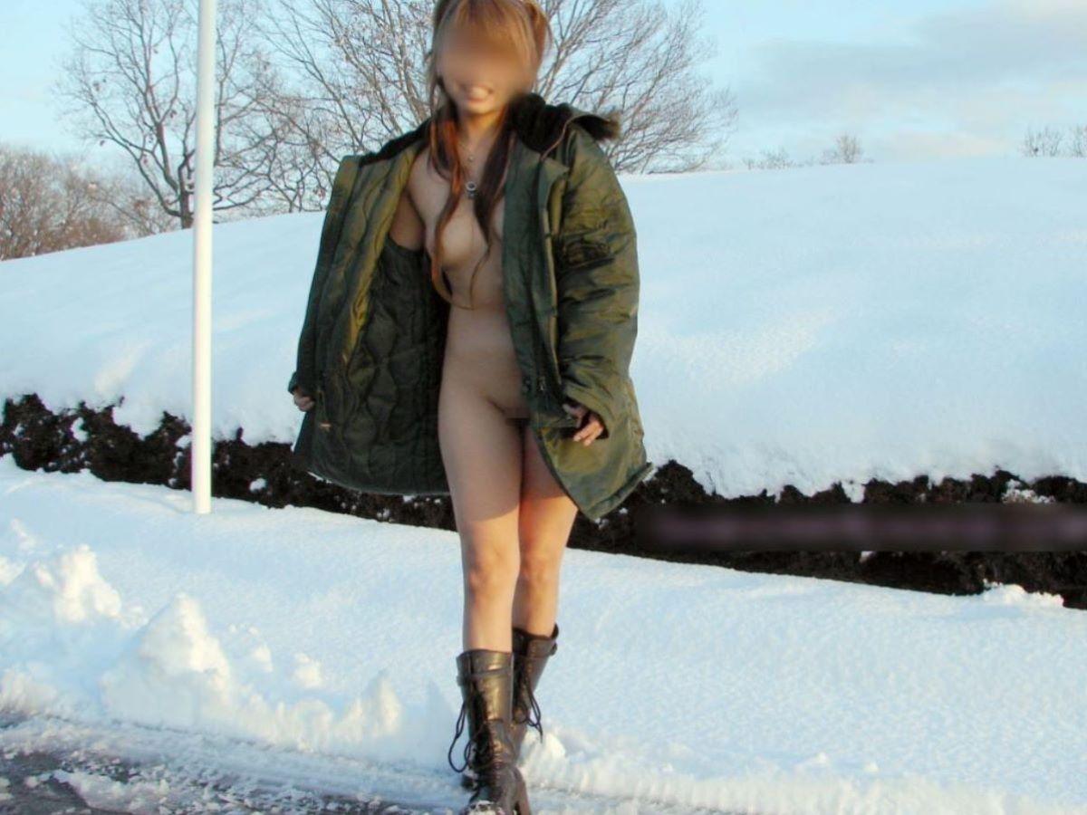 冬の野外露出画像 33