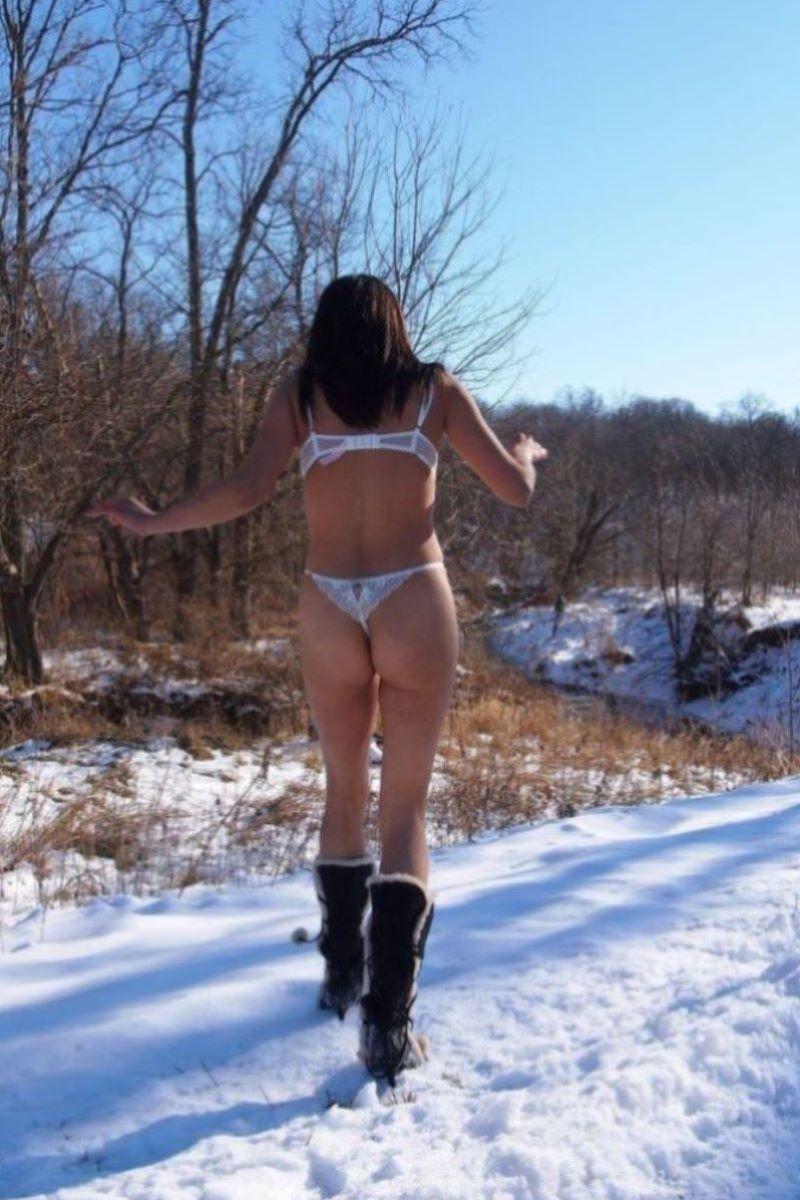 冬の野外露出画像 98